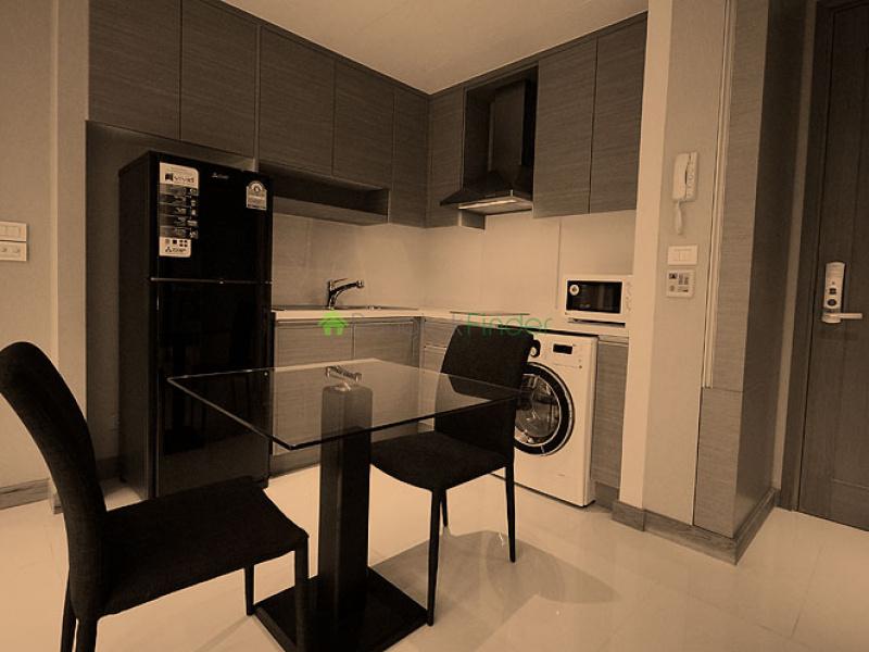 24 Sukhumvit,Bangkok,Thailand,1 Bedroom Bedrooms,1 BathroomBathrooms,Condo,Emporio,Sukhumvit,21,5410